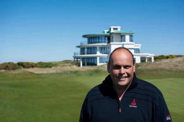 Chris Only Has Eyes For Fescue At US Open