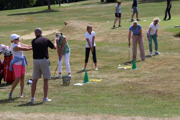 Foxhills Offers Free Taster Day To Attract New Golfers