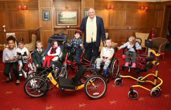'Voice Of Golf' Peter Alliss Joins Club For Charity Presentation