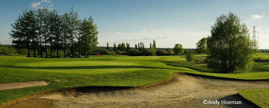 Lakes Course at Chelsfield Lakes Golf Centre in Kent